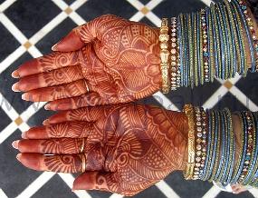 индийские узоры на руках